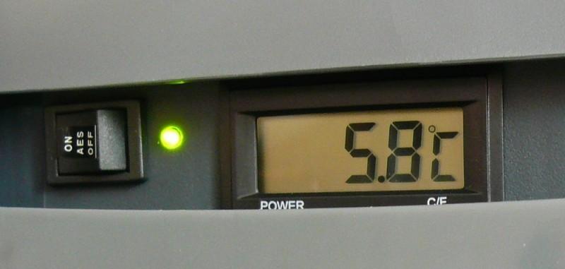 Autolednice E3000 R 12/24/230V, AES + LCD Ezetil č. 4