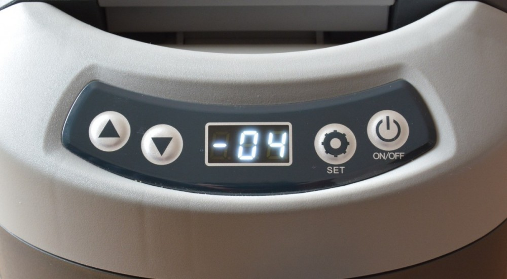 Kompresorová autochladnička TB15 Indel B, 12/24V, 15 litrů, ovládání, dsplej