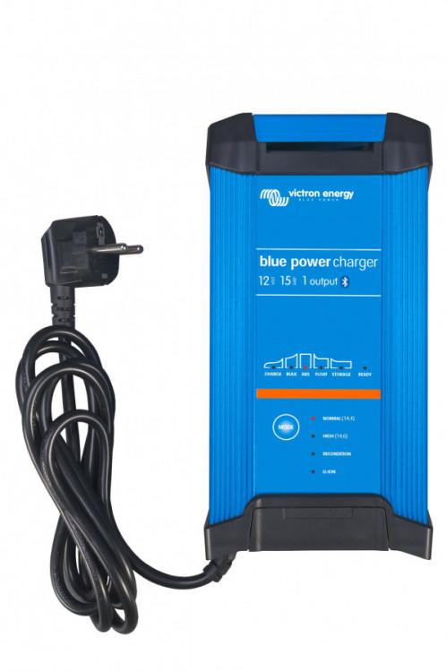 Blue SMART IP22 nabíječ 12V 15A (tři výstupy)