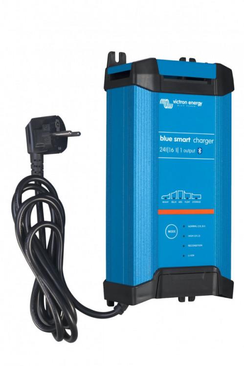 Blue SMART IP22 nabíječ 24V 16A  BPC241642002