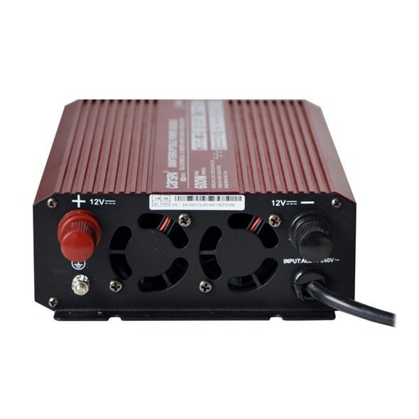 CARSPA měnič s nabíječkou 10A, 12V na 230V 600W č.3